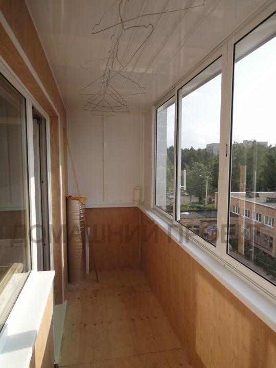 Отделка балконов в панельных домах фото..