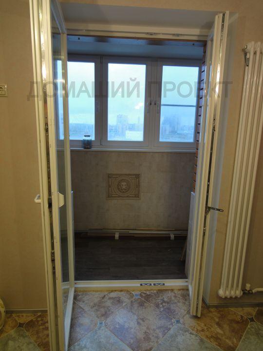 ПВХ-двери в квартире со штульпом