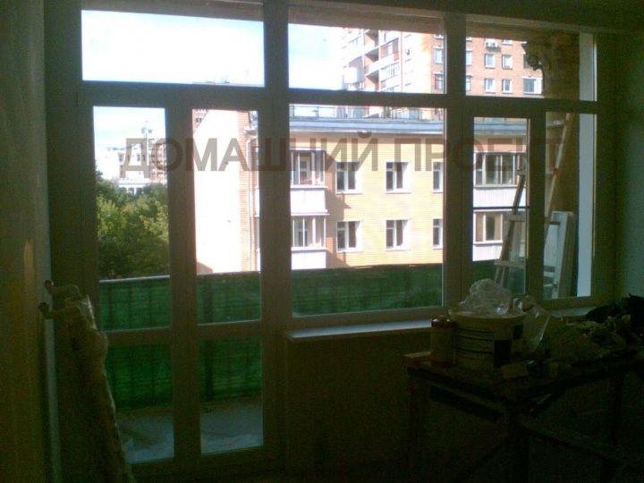 Остекление квартиры ПВХ-окнами Rehau