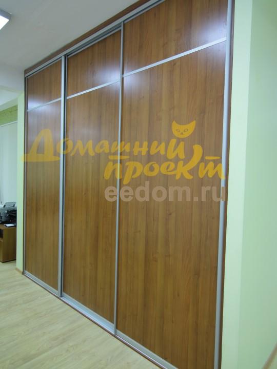 Встроенный шкаф-купе для офиса на Рябиновой