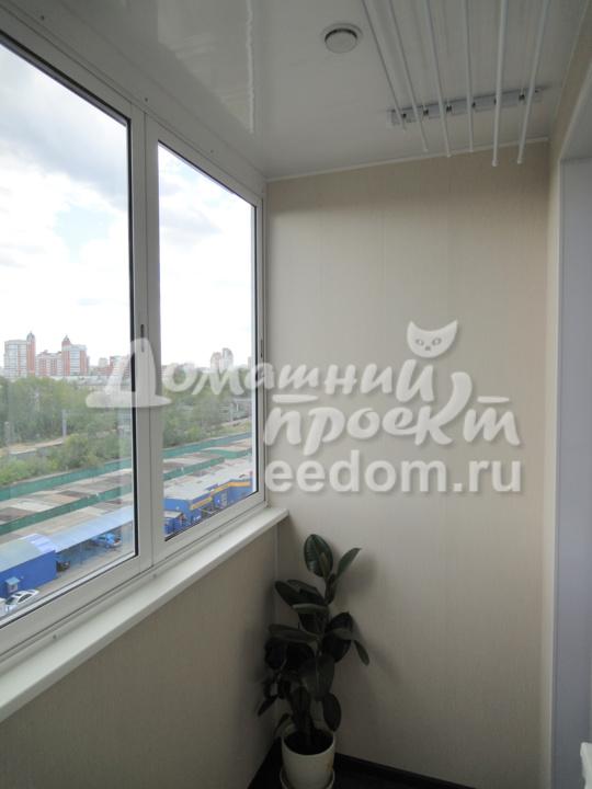 Остекление балкона И-209 на ул. Шверника