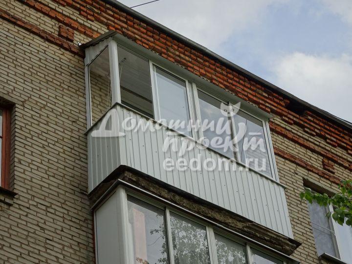 Отделка балкона профлистом №3