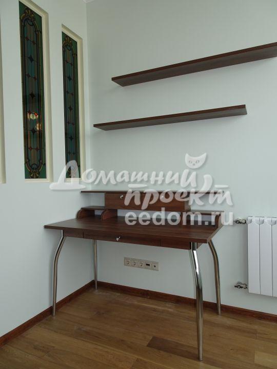 Стол для гостиной №2