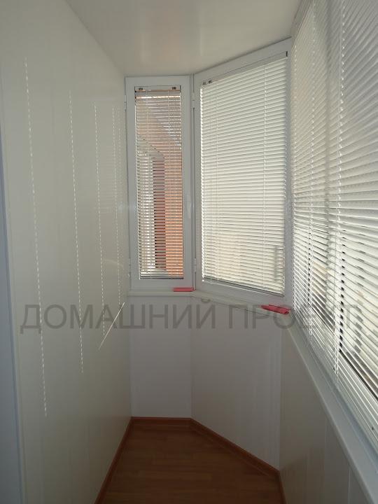 Обшивка балкона пластиком в монолотном доме
