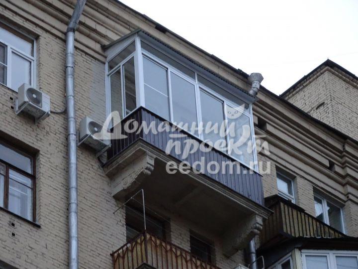 Холодное остекление с крышей - Автозаводская 1