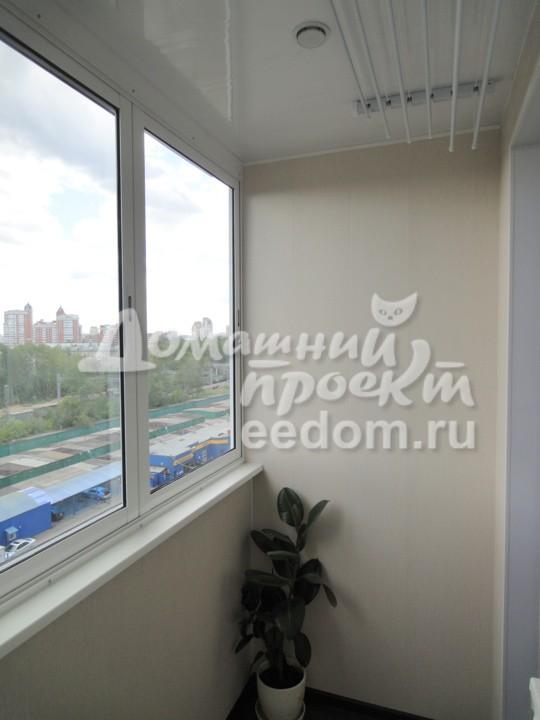 Холодное остекление балкона И-209