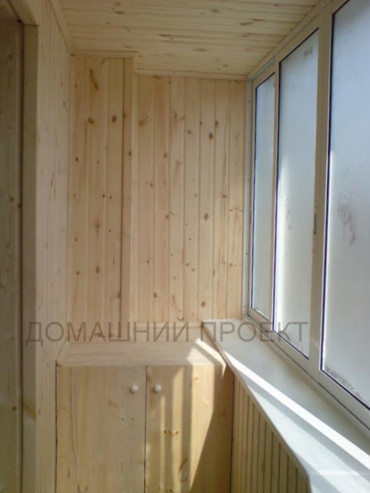 Деревянная отделка балкона п-44