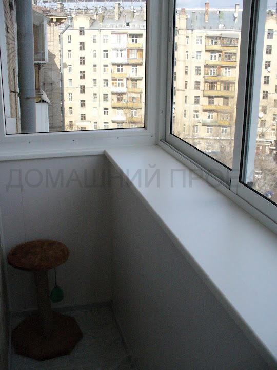 Застекление балкона алюминиевым профилем с выносом
