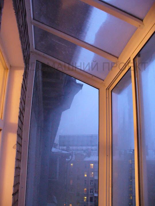 Крыша на балкон. работы по остеклению и отделке балконов. на.