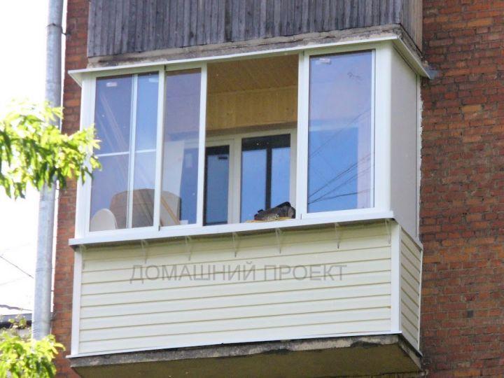Внешняя обшивка балкона с остеклением