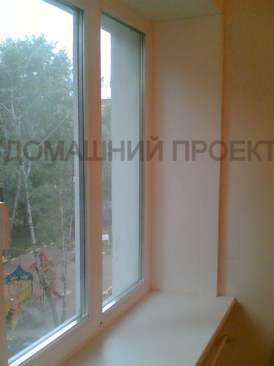 Окна ПВХ в квартире с широким подоконником