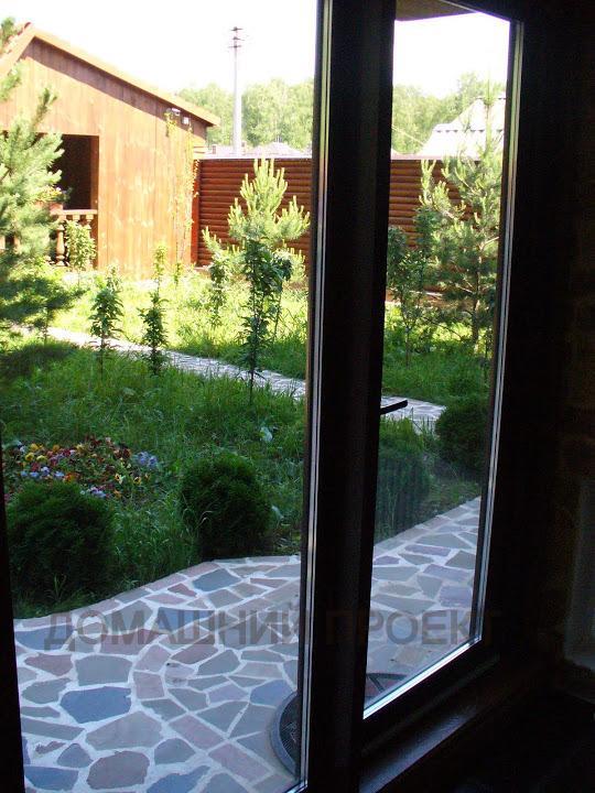 Двери в загородном доме