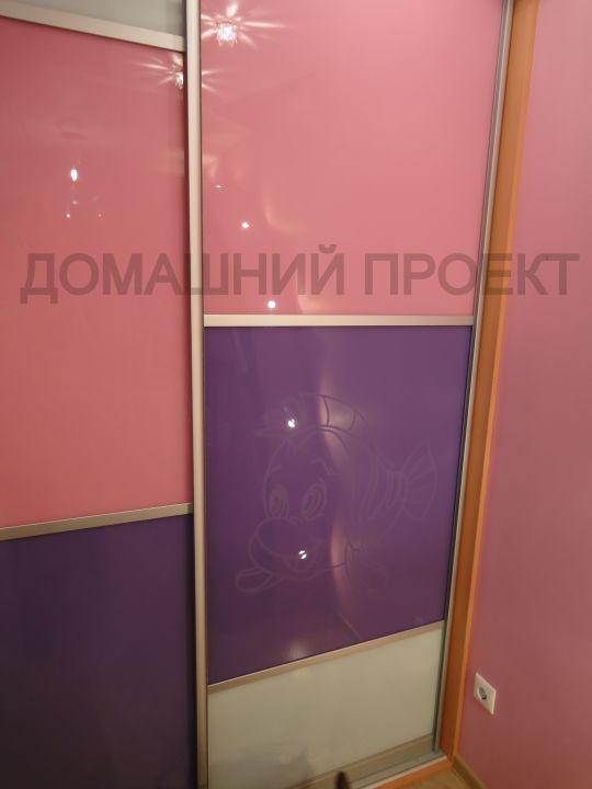 Двухдверный шкаф-купе для детской комнаты