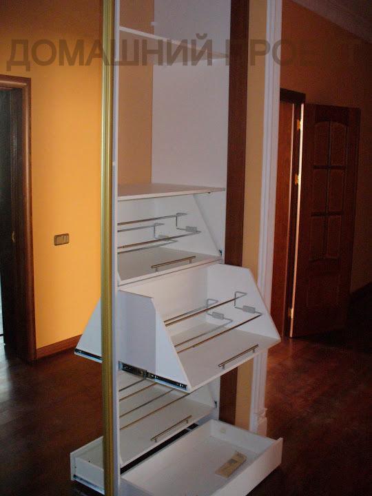 Удобная гардеробная для квартиры
