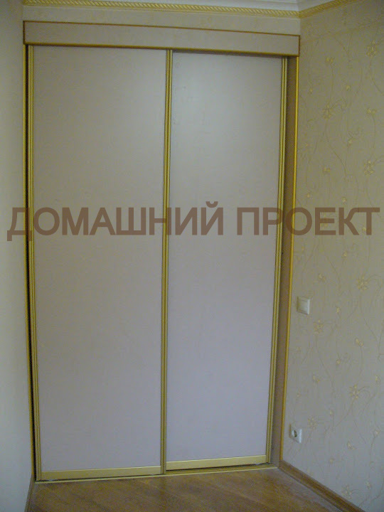 Компактная гардеробная для квартиры