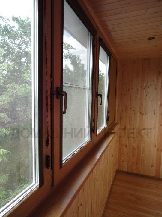 Остекление и отделка балкона в блочном доме