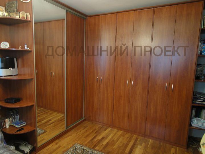Комбинированный шкаф для гостинной