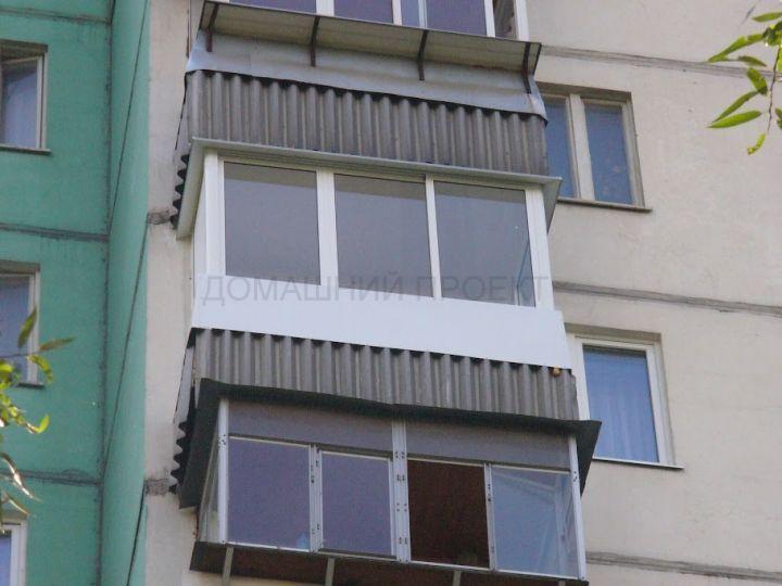 Застекление балкона П-3