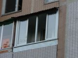 Остекление балкона с крышей из ондулина